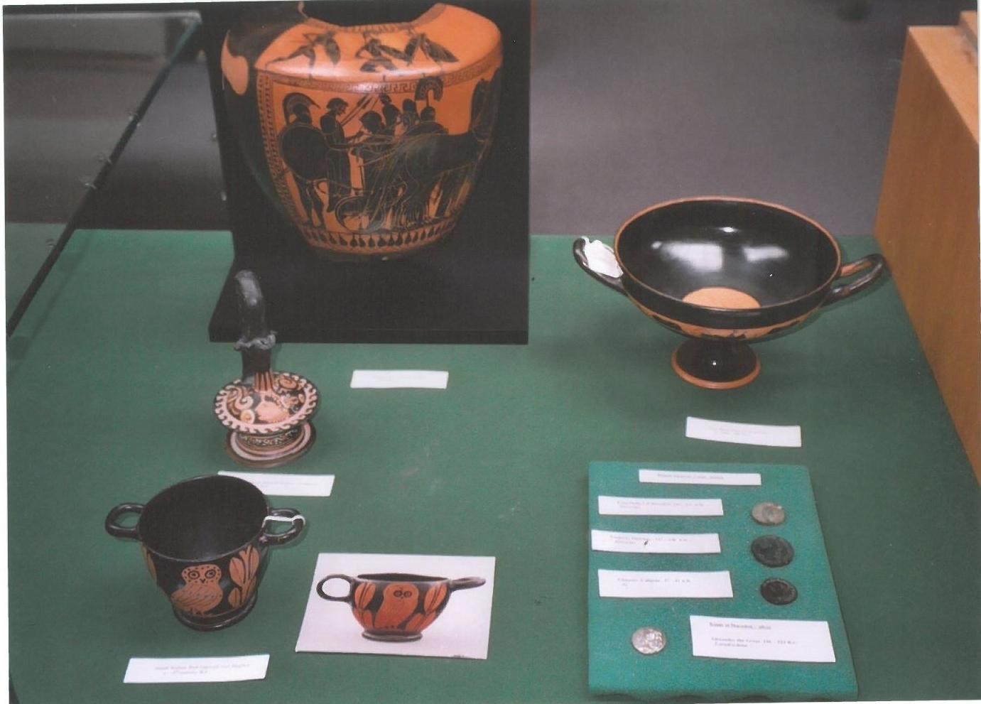 Vases on table 2007 2